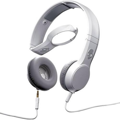 O Skullcandy Cassete modelo é mais caro da marca americana de fones de ouvido Skullcandy, mas mais potente, com 100 mW de potência