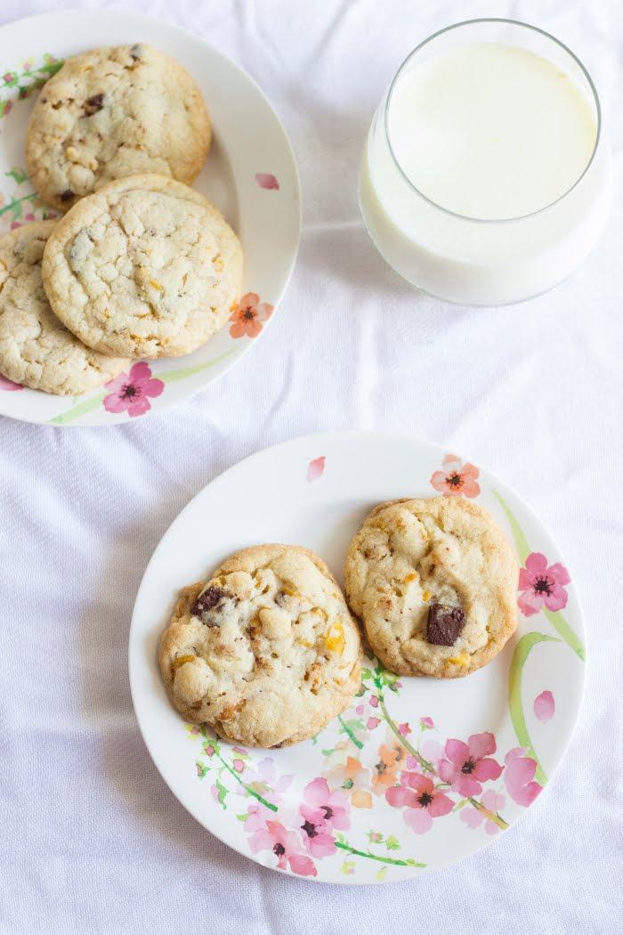 How to make cornflake choco chip cookies recipe, eggless cornflake biscuit recipe, eggless chocolate chip cookie recipe at One Teaspoon Of Life www.oneteaspoonoflife.com