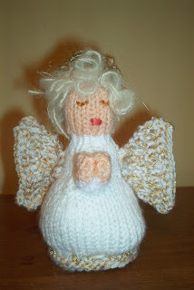 Miss Julias Patterns: Free Patterns - 10 Angels to Knit