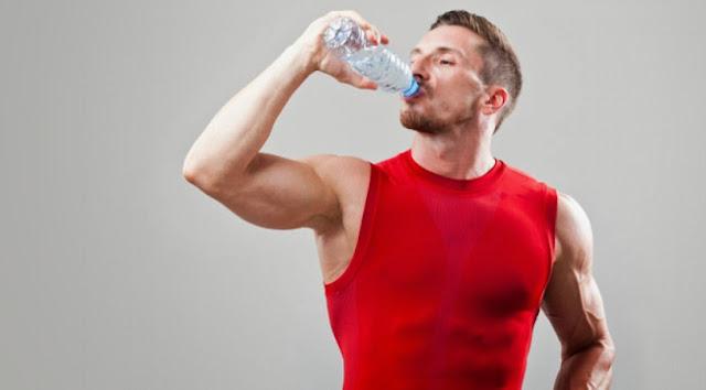 Κατακράτηση υγρών και νερό