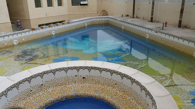 swimming pool contractors in dubai