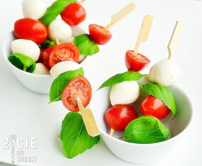 finger food, sylwester, przekaski sylwestrowe, co na sylwestra, koreczki, mini mozzarella, zycie od kuchni