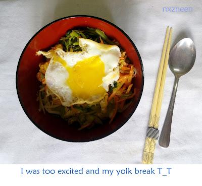 i failed on keeping the egg yolk pretty