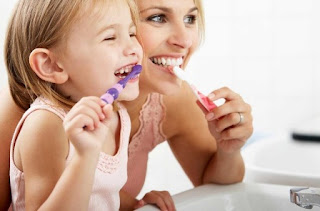 Brushing Teeth Is Very Important To Keep The Body's Health And Appearance