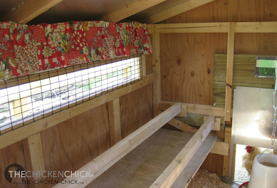 Knowing which droppings are normal and which are abnormal is an extremely useful tool in assessing  chickens' health. Installing a droppings board underneath the roost provides a regular opportunity to observe abnormalities unobscured by shavings or other bedding material.