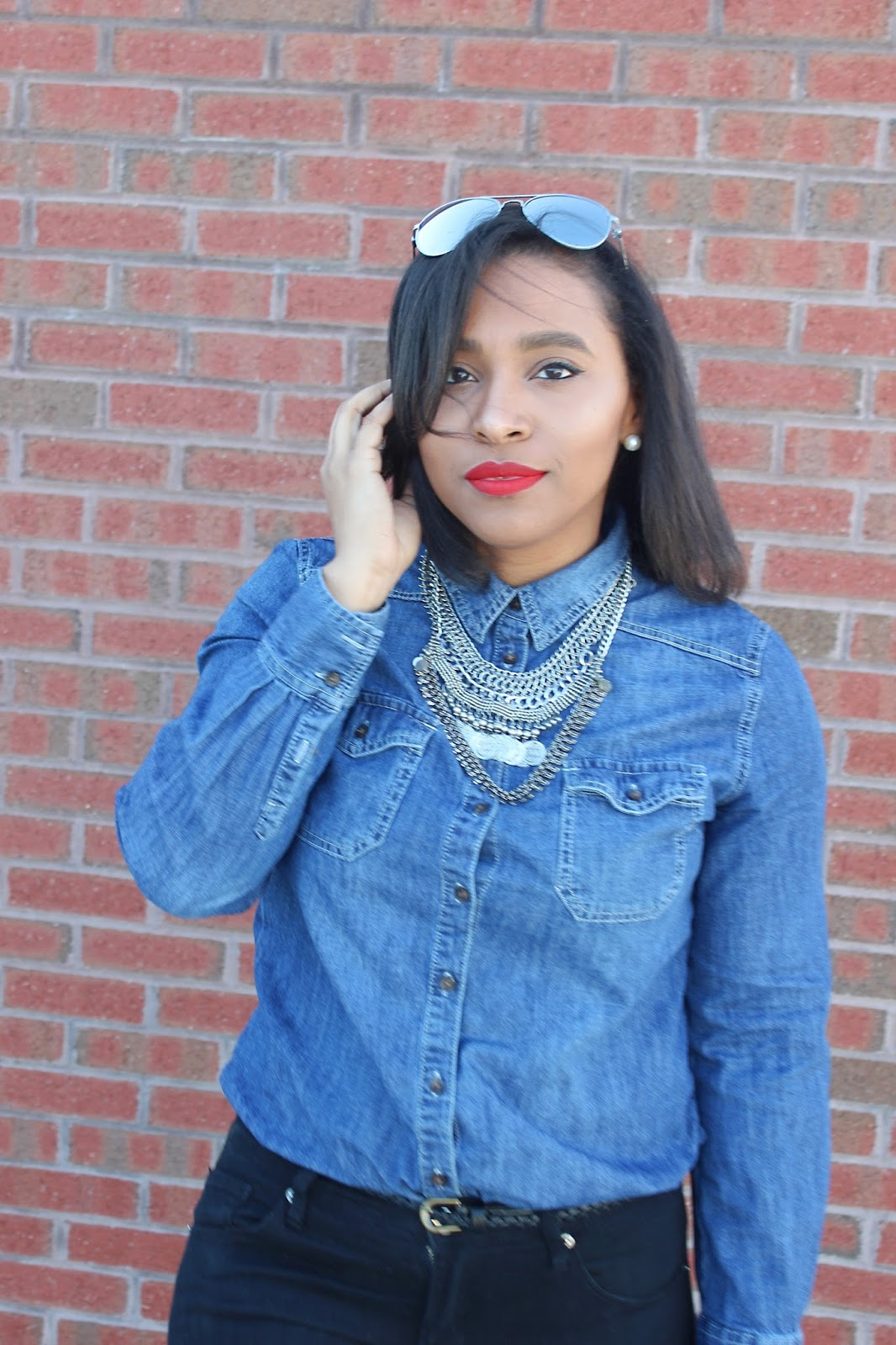 denim shirt, casual look, forever21, blue, black, chambray top, fashion blog