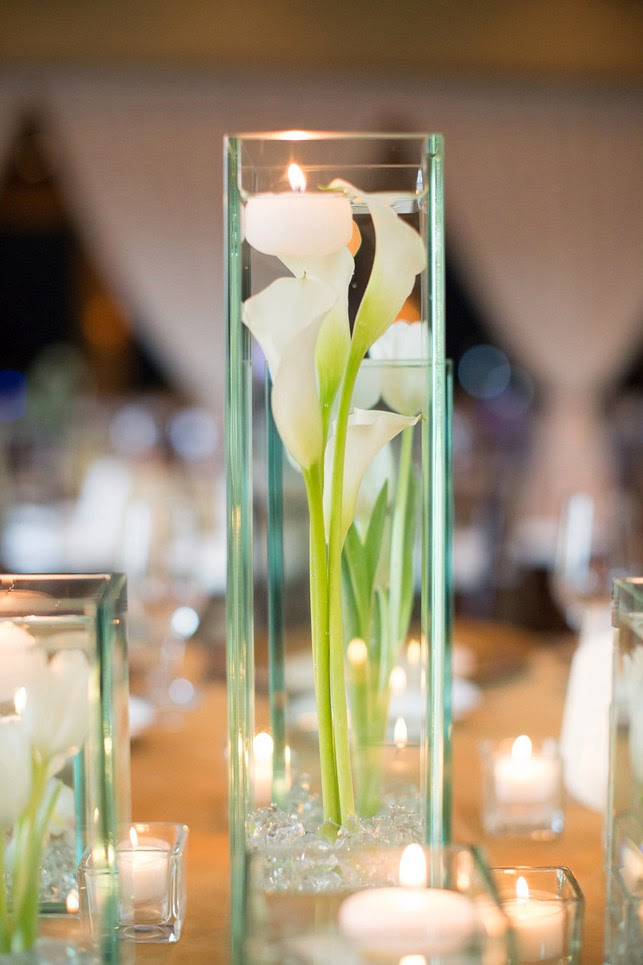 4 Foot Tall Glass Floral Aisle Ends Glass Cylinder With Acrylic Rocks Calla Lilies And