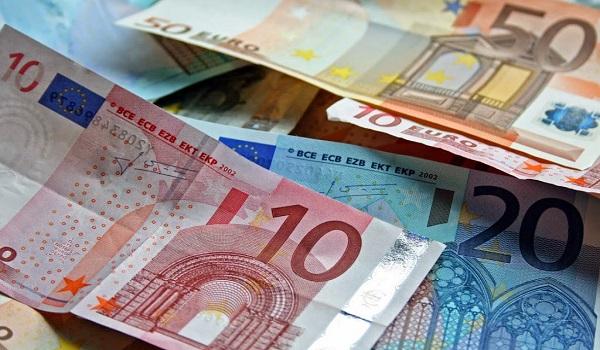 Πώς χάθηκαν €2,2 τρισ. από τη χώρα