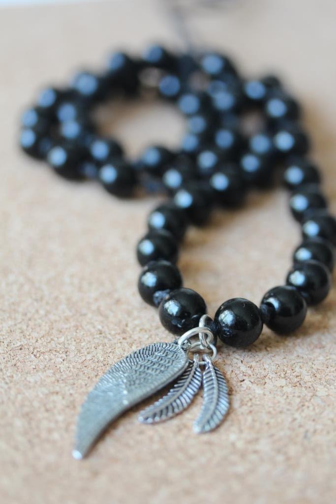 tee-se-itse, oma tekemä, helmikoru, wooden pearls, pendant, riipus