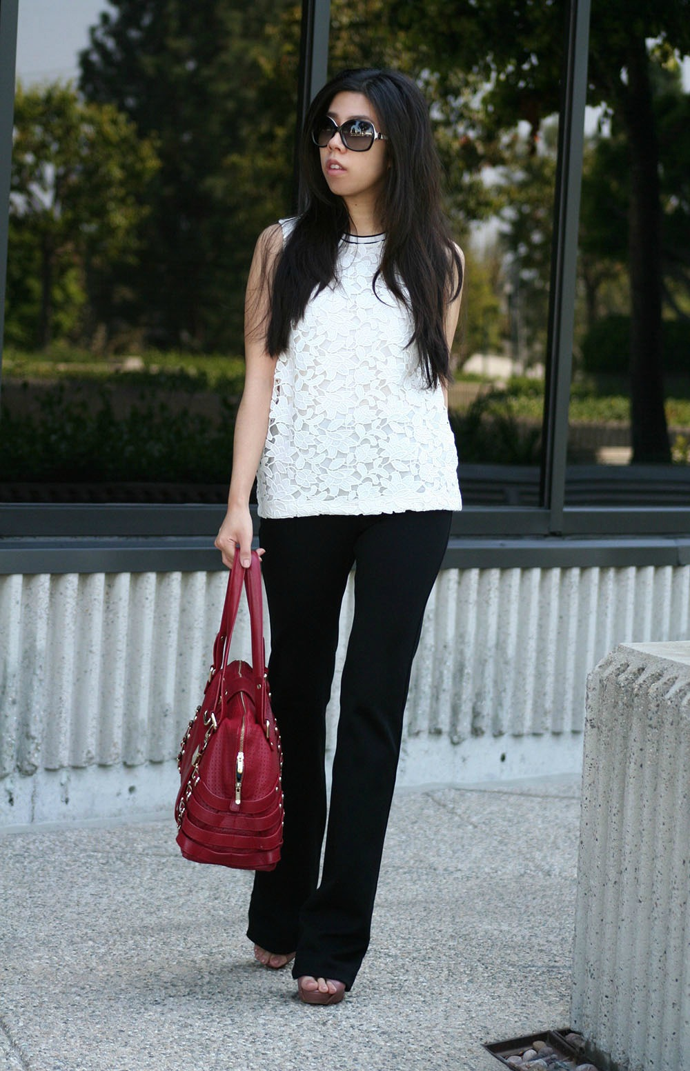 Adrienne Nguyen_Classic Black and White Outfit