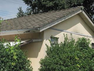 昭和のおもむきの屋根