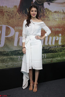 Anushka Sharma with Diljit Dosanjh at Press Meet For Their Movie Phillauri 006.JPG