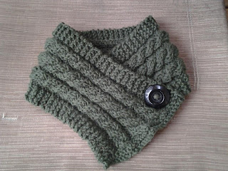 Without a Net!: 3 Cables Knit Neck Warmer- FREE PATTERN