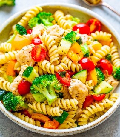 SKINNY CHICKEN PASTA SALAD