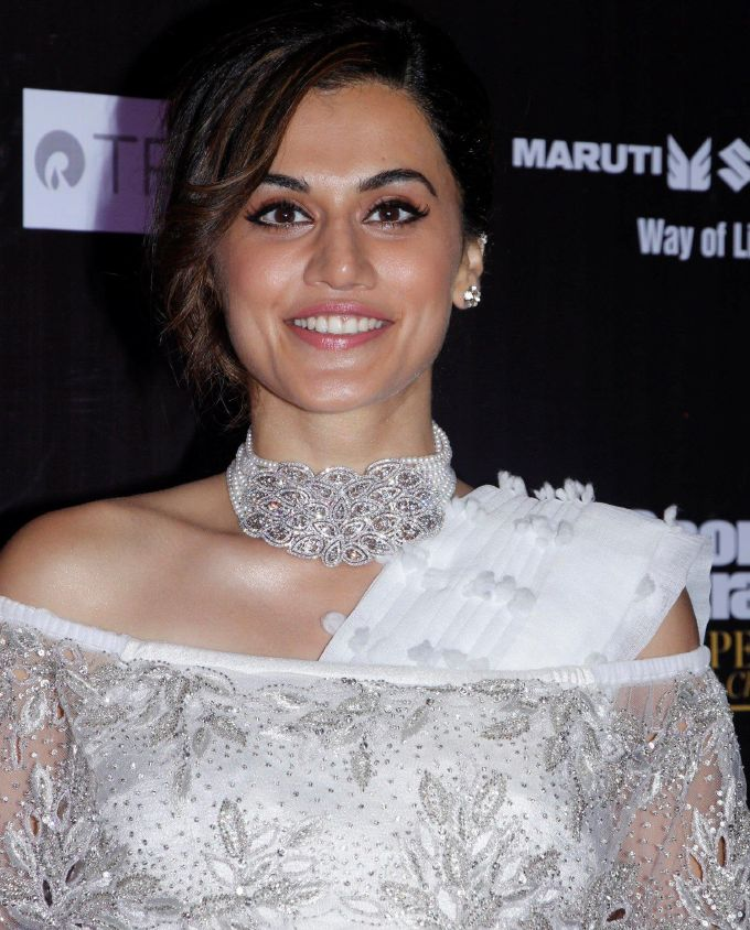 Indian Actress Taapsee Pannu Hot Photos In Transparent White Saree