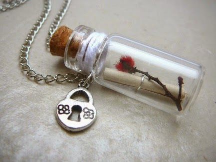https://www.etsy.com/ru/listing/95703083/message-in-a-bottle-bottle-necklace