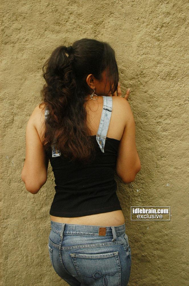 Hot  Sexy Indian Actress Photo Gallery Kaajal Agarwal -9404