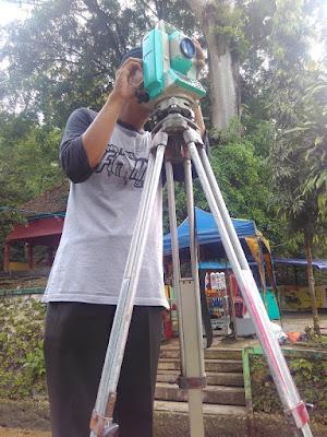 Ilham Guntara Pemetaan Topografi di Goa Jatijajar www.guntara.com