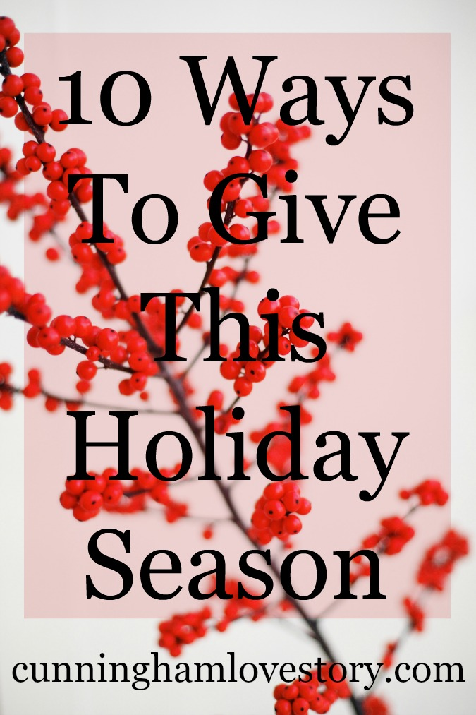 10_Ways_to_Give_This_Holiday_Season