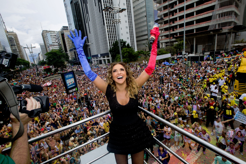 Daniela Mercury fará show no trio da Skol na Parada LGBT de São Paulo