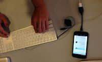 Sudah tau belum Smartphone bisa terhubung langsung ke flashdisk ?