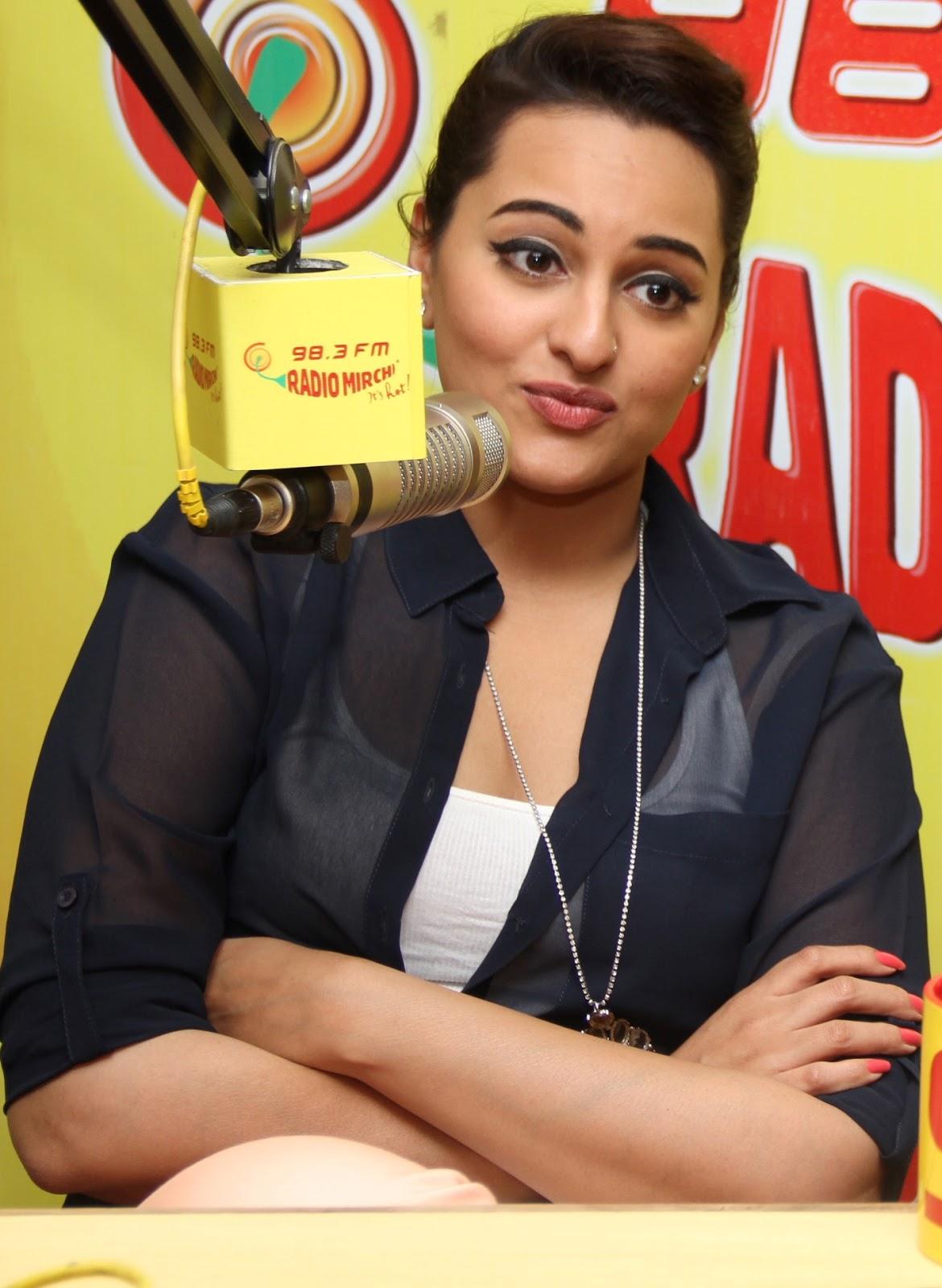 Sonakshi Sinha Hot Pics At Radio Mirchi - High Resolution -7746