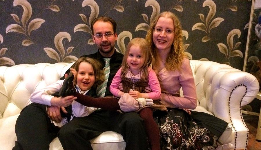 vauhdikas perhe yhdessä