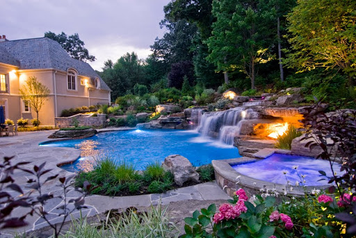 Swimming pool design with waterfalls, Backyard design ideas, pool design ideas, Backyard waterfalls, garden design ideas