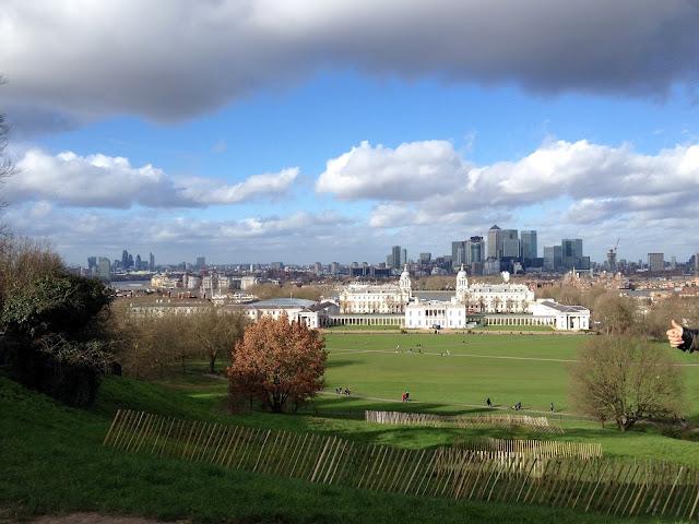 Observatorio de Greenwich con Londres al fondo