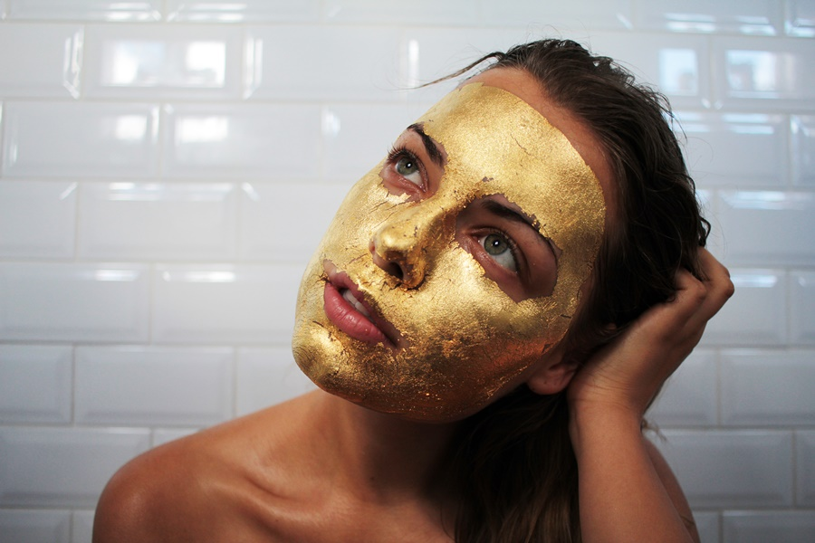 GOLD facial GOLDUSTbeauty lounge  bali