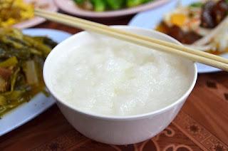 Cara Mudah Masak Bubur Nasi Kosong