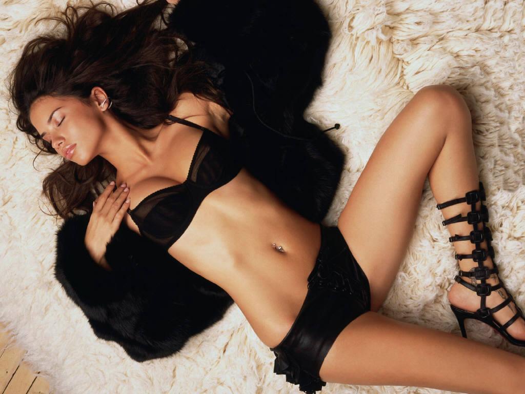 Adriana lima hot celebrity has