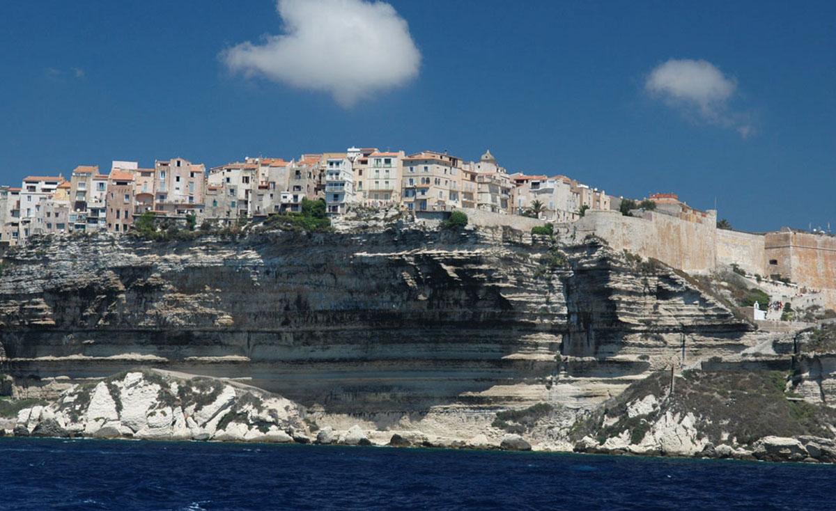Bonifacio | Cidade da Ilha de Córsega na França
