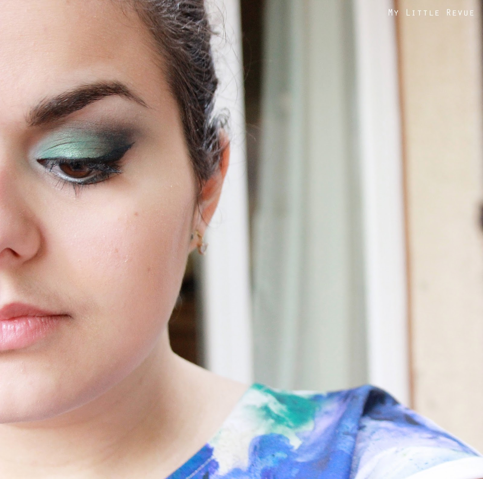 maquillage smoky vert tuto