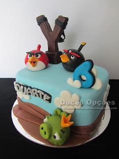 Bolo de aniversário Angry Birds bragança doces opções