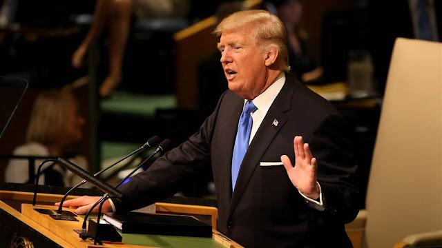 """""""Podemos classificar (a declaração de Trump) como a agressão do novo Hitler da política internacional"""", disse Maduro."""