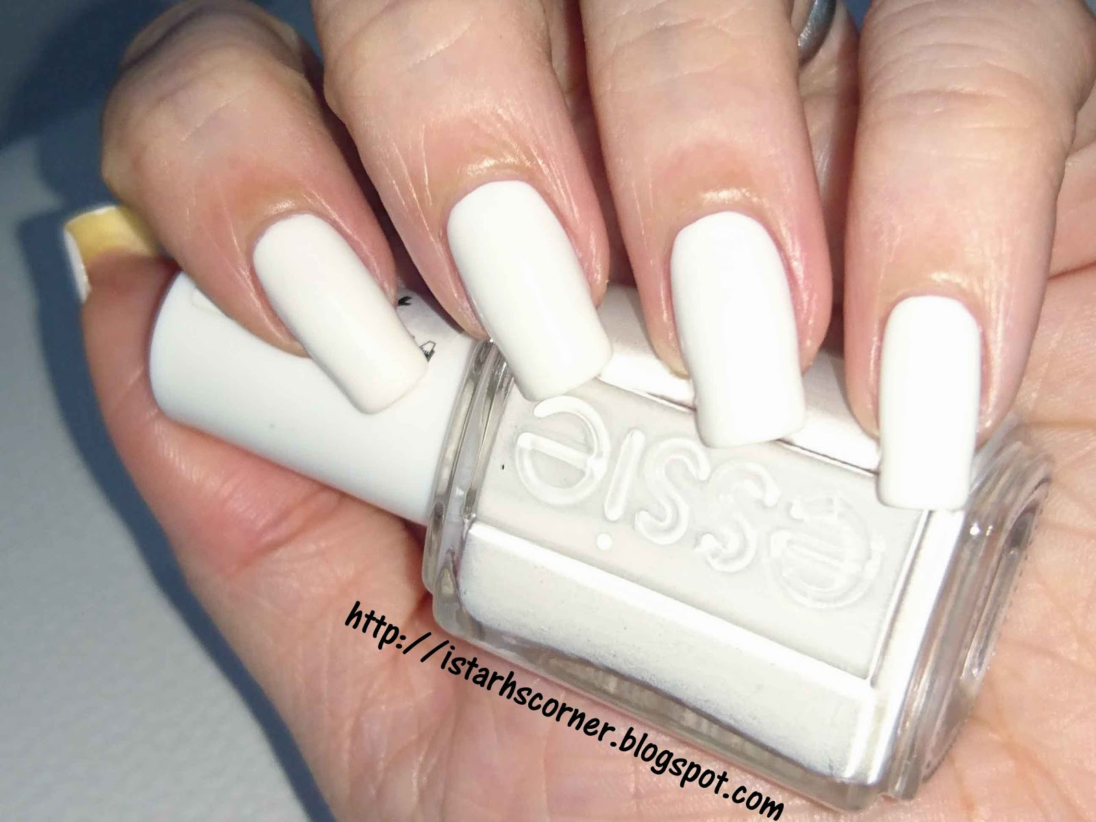 Istarh\'s Corner (Mi rinconcito): Essie 1: Blanc
