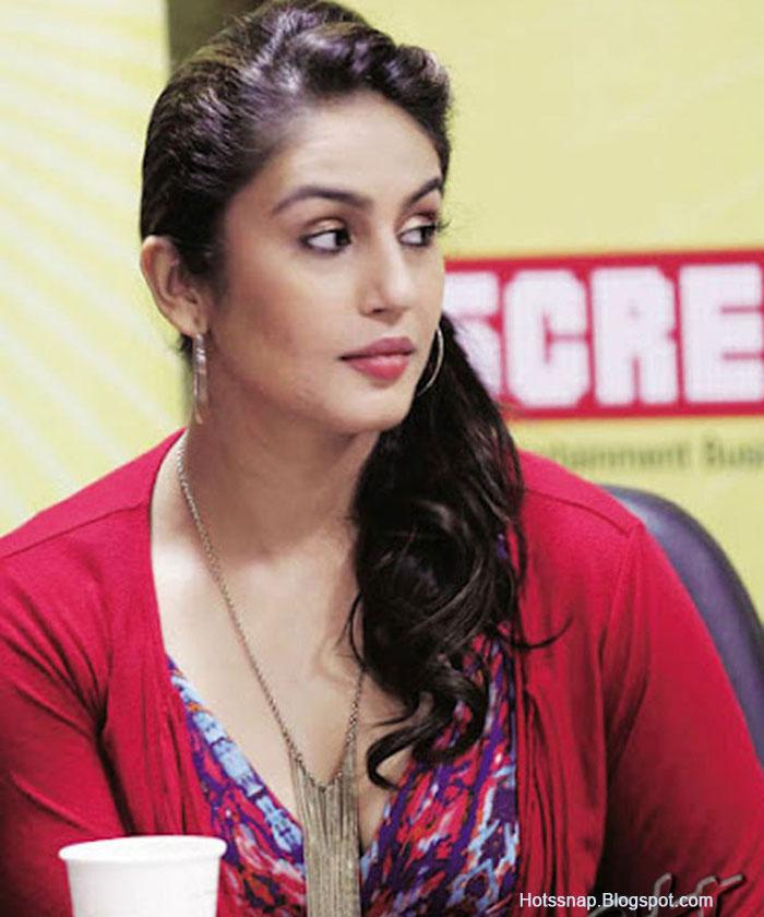 Huma Qureshi 2013 Hot Photoshoot  Tamil Actress Hot Pics-3251