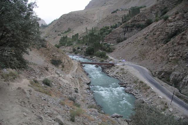 Tadjikistan, Haut-Badakhshan, Pamir, Khorog, Shakhdara, Parc botanique, © L. Gigout, 2012