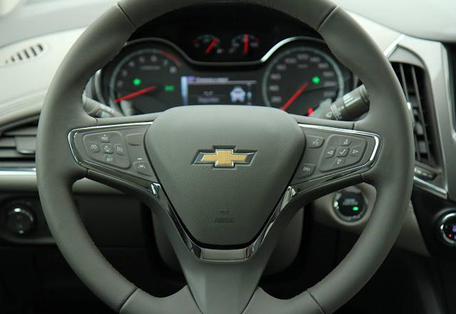 Novo GM Cruze 2017 - painel
