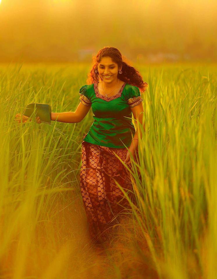Kerala Cute Girls Pics - Whatsapp-1767
