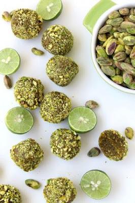 Pistachio-lemon sweets