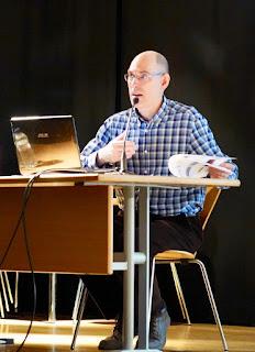 Jordi Morell, durante su ponencia sobre la Farinera del Clot.