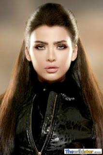 قمر (Amar)، مغنية لبنانية