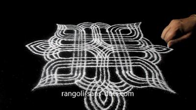 Sankranti-muggulu-with-llines-712a.jpg