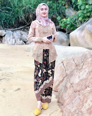 model hijab pesta kondangan syari terbaru
