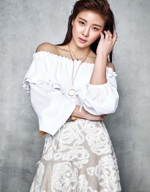 Ha Ji Won 하지원 - Vogue Taiwan May 2016 Pictures 05