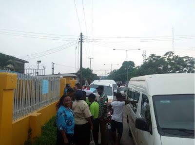 NLC Takes Over MTN Offices In Calabar Over Poor Welfare (Pics)