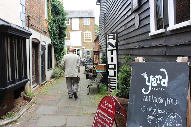The Yard, Favershame