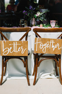 sweetheart table and chairs